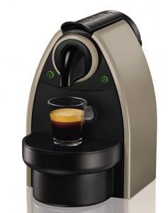Cafetera Nespresso Essenza Automatic